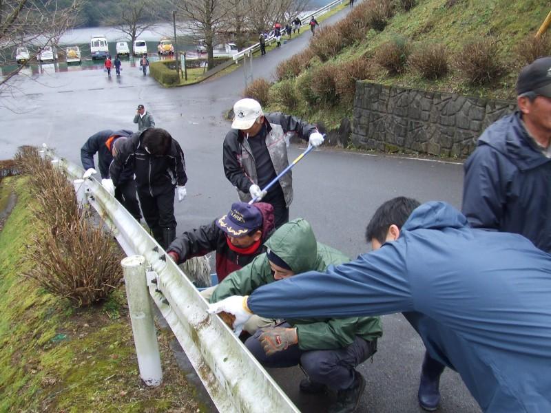 高隈 大隅湖清掃ボランティア活動1